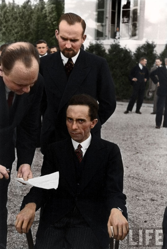 Joseph-Goebbels-scowling-at-photographer-Albert-Eisenstaedt-after-finding-out-he's-jewish,-ca