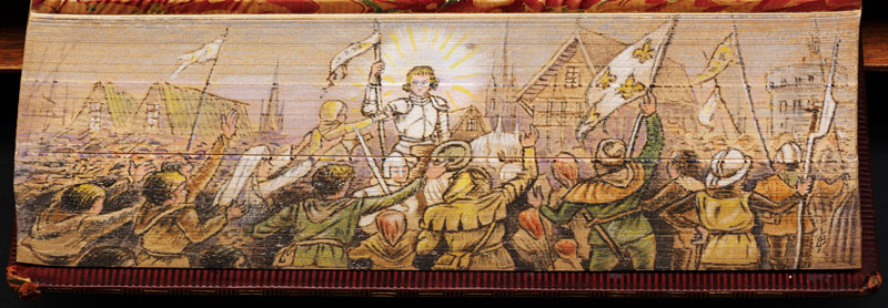 joan of arc fore edge book painting 40 Hidden Artworks Painted on the Edges of Books