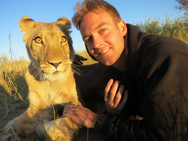 lion whisperers modisa botswana by nicolai frederk bonnen rossen (4)
