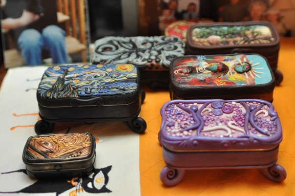 mini clay artworks on altoid tins (5)