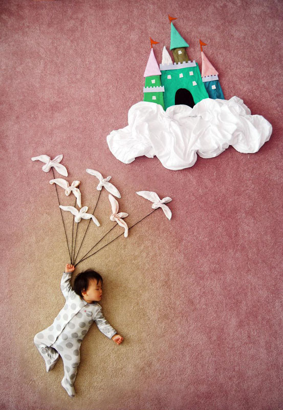 artist-queenie-liao-turns-nap-time-into-adventure-for-baby-son (4)