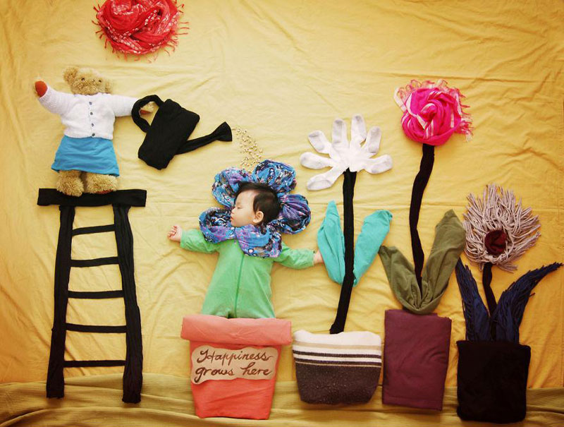 artist-queenie-liao-turns-nap-time-into-adventure-for-baby-son (8)
