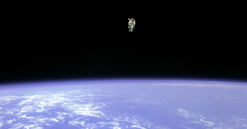 Picture of the Day: The First Untethered Free Flight in Space