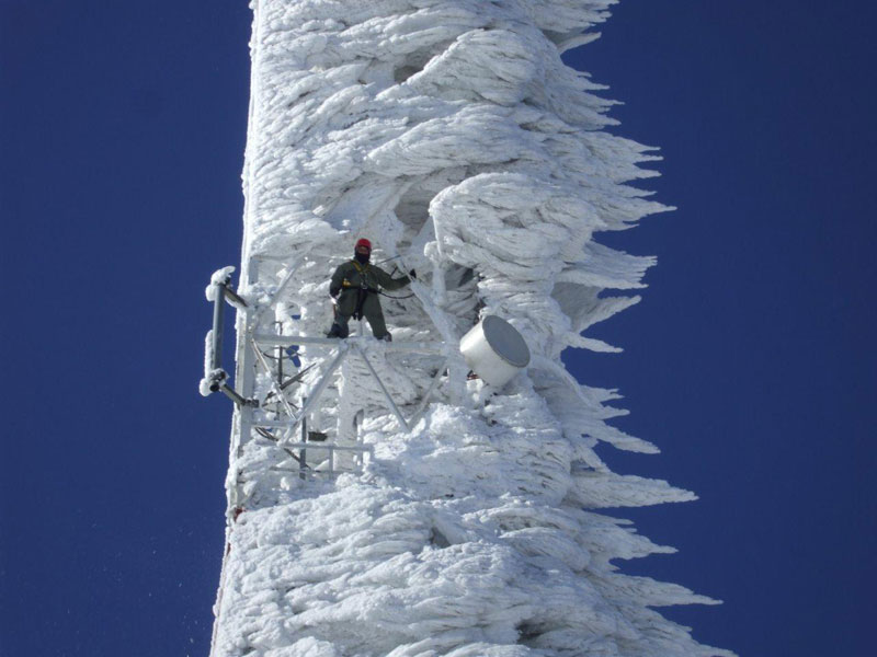 cell phone telecommunications tower covered in wind blown ice Picture of the Day: Cell Tower After Epic Snowstorm