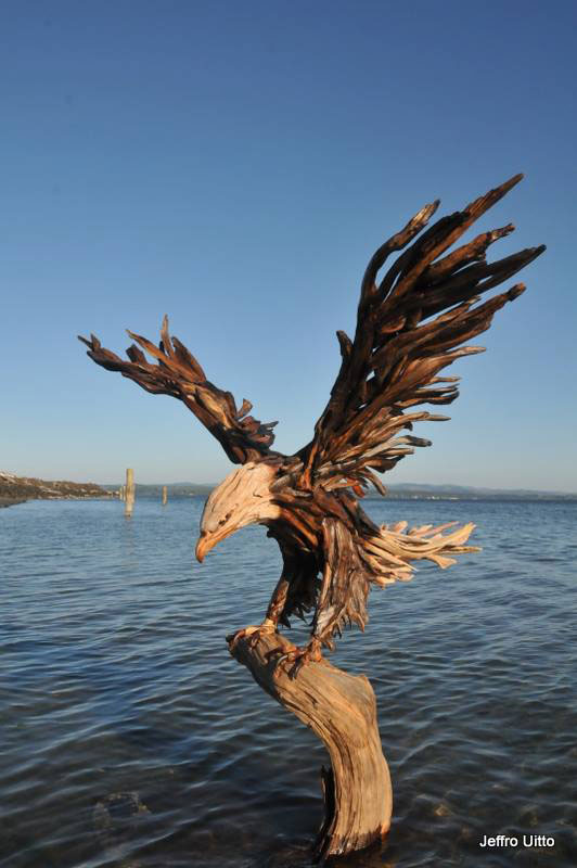 The most amazing driftwood sculptures you will see today for How to work with driftwood