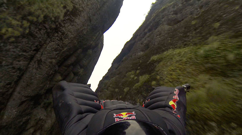 jeb corliss flying dagger china 2013 pov go pro (6)