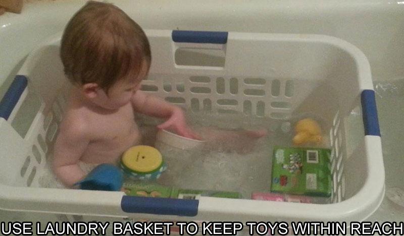 LAUNDRY-BASKET-KEEPS-TOYS-IN-REACH-IN-BATHTUB-LIFE-HACK