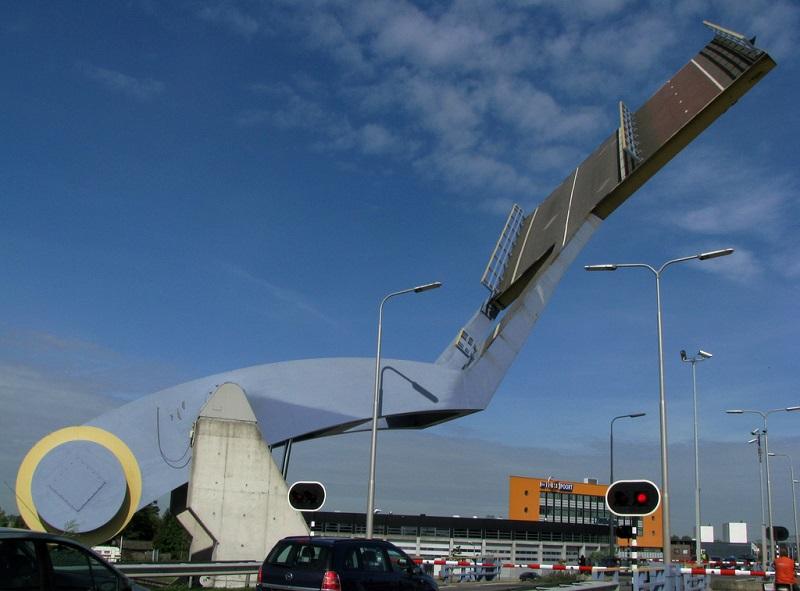 Slauerhoffbrug leeuwarden netherlands slauerhoff flying drawbridge (2)
