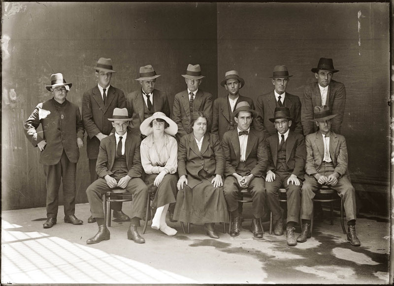 Vintage Candid Mugshots of Dapper Criminals 1920s (1)