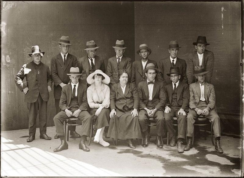 Vintage Candid Mugshots of Dapper Criminals 1920s (1)