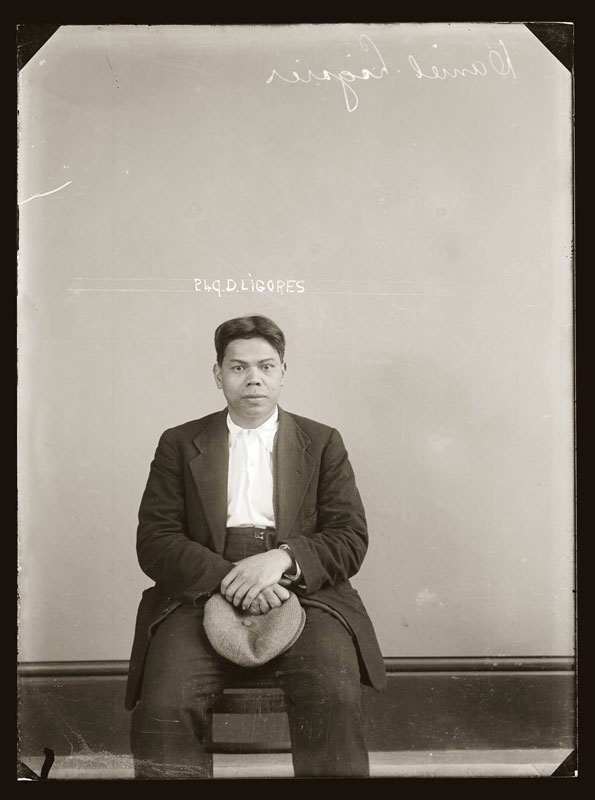 Vintage Candid Mugshots of Dapper Criminals 1920s (12)