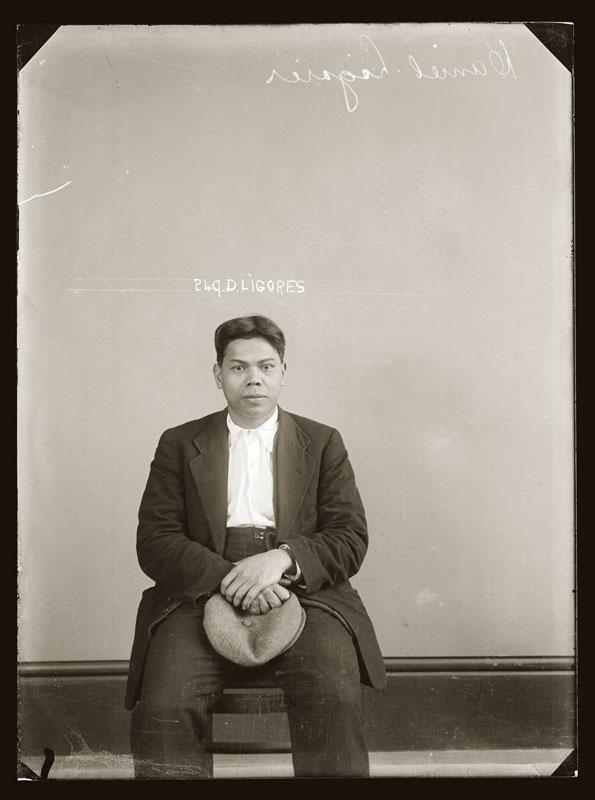 Vintage Candid Mugshots of Dapper Criminals 1920s (12)