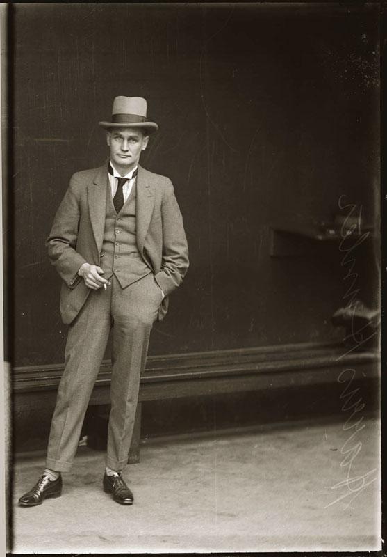 Vintage Candid Mugshots of Dapper Criminals 1920s (17)