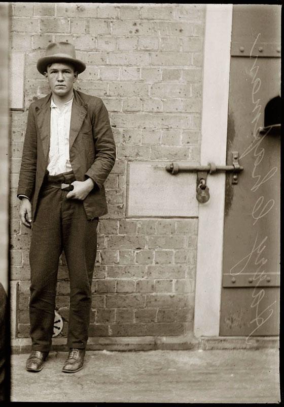 Vintage Candid Mugshots of Dapper Criminals 1920s (18)