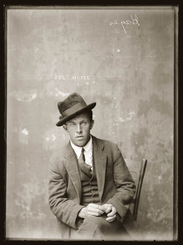 Vintage Candid Mugshots of Dapper Criminals 1920s (2)