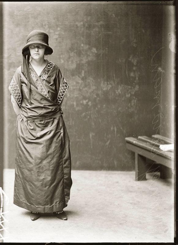 Vintage Candid Mugshots of Dapper Criminals 1920s (23)