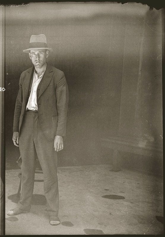 Vintage Candid Mugshots of Dapper Criminals 1920s (37)
