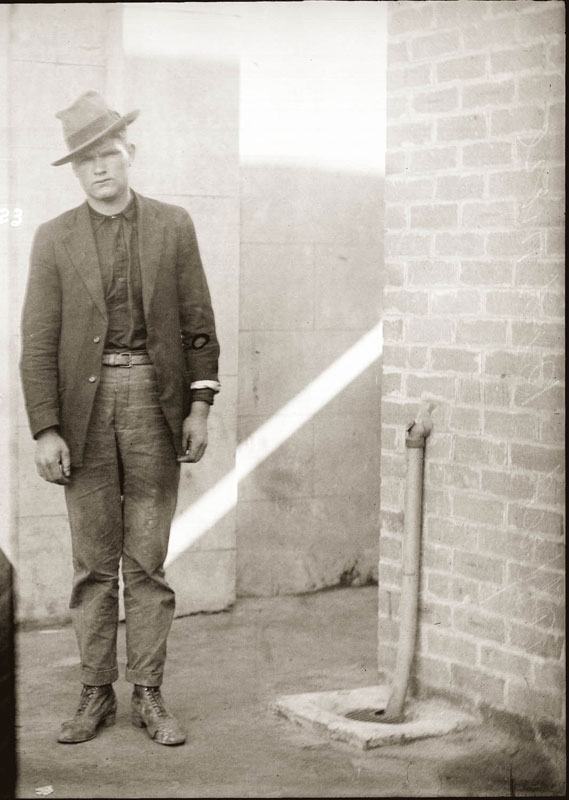 Vintage Candid Mugshots of Dapper Criminals 1920s (39)