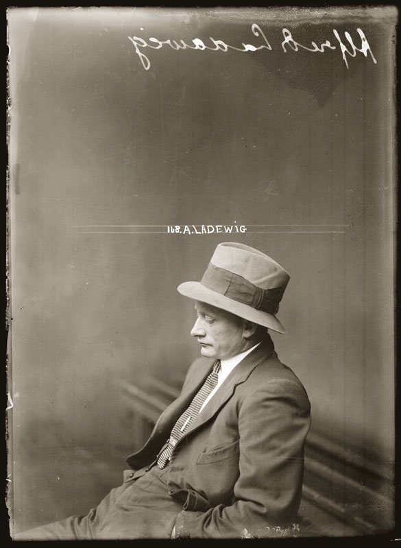 Vintage Candid Mugshots of Dapper Criminals 1920s (8)
