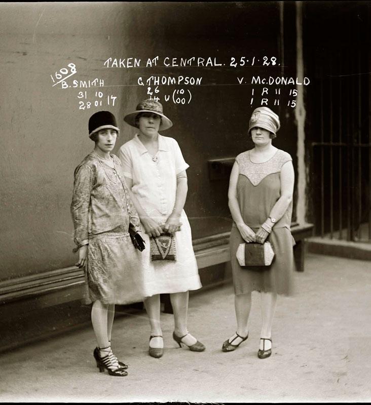 Vintage Candid Mugshots of Dapper Criminals 1920s (9)