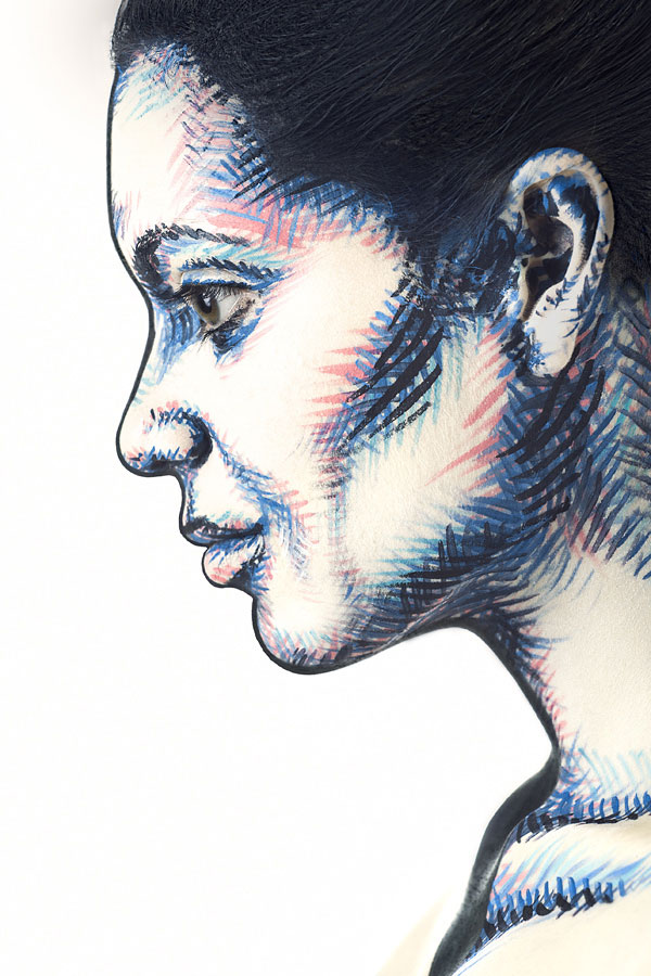 2D Portraits Painted Onto Human Faces (1)