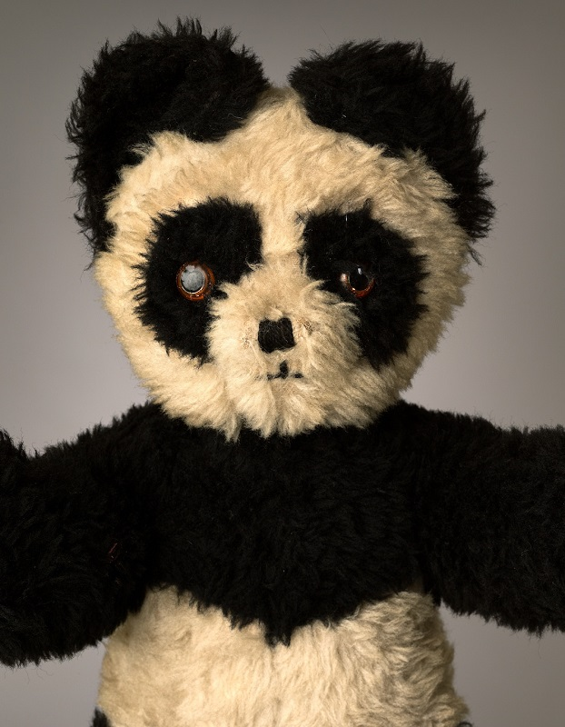 much loved teddy bears and stuffed animals mark nixon (2)