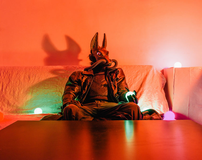 portraits of cosplayers at home by klaus pichler (7)