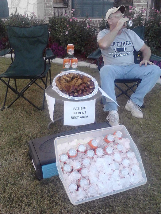 resting station beer and wings halloween