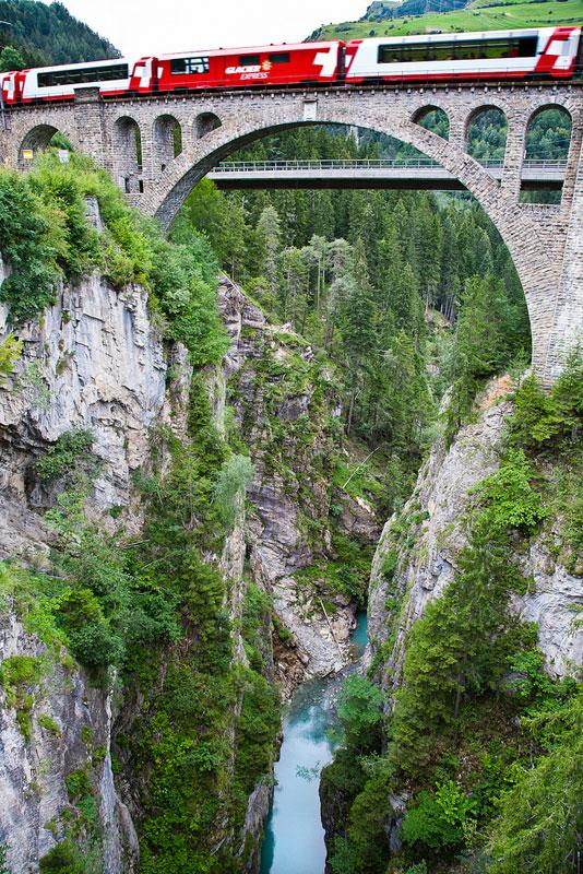 rhaetian railway albula bernina glacier express bernina express unesco (10)