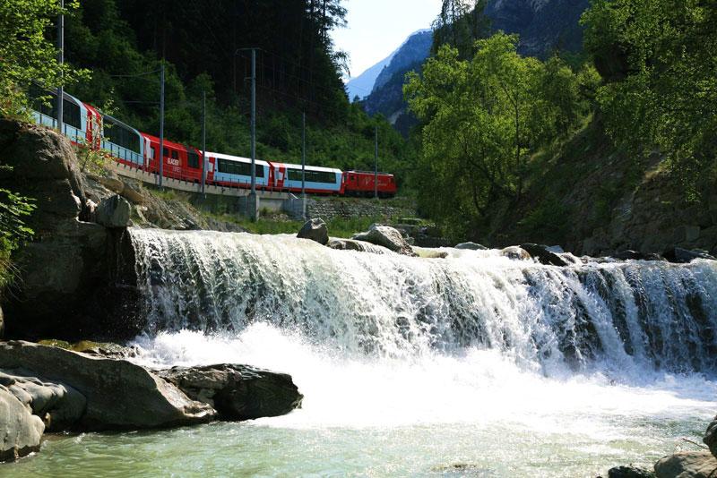 rhaetian railway albula bernina glacier express bernina express unesco (9)