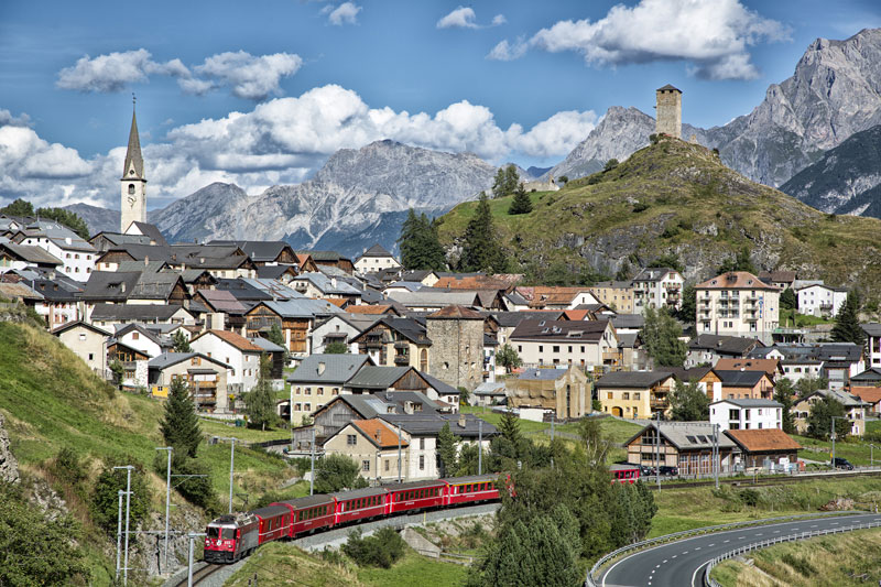 Rhaetian Railways Albula Bernina Landscapes unesco world heritage (3)