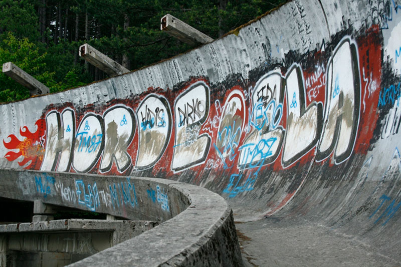 sarajevo 84 winter olympics abandoned bobsleigh luge track bosnia-herzegovina (11)