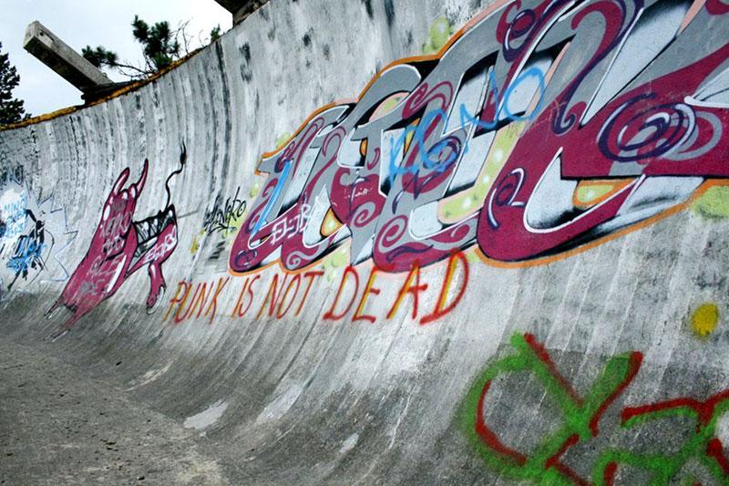 sarajevo 84 winter olympics abandoned bobsleigh luge track bosnia-herzegovina (12)