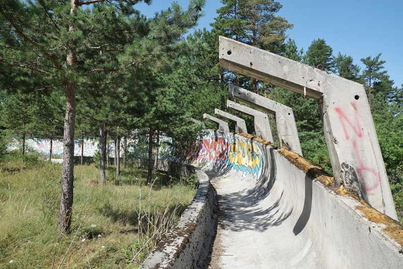 sarajevo 84 winter olympics abandoned bobsleigh luge track bosnia-herzegovina (2)