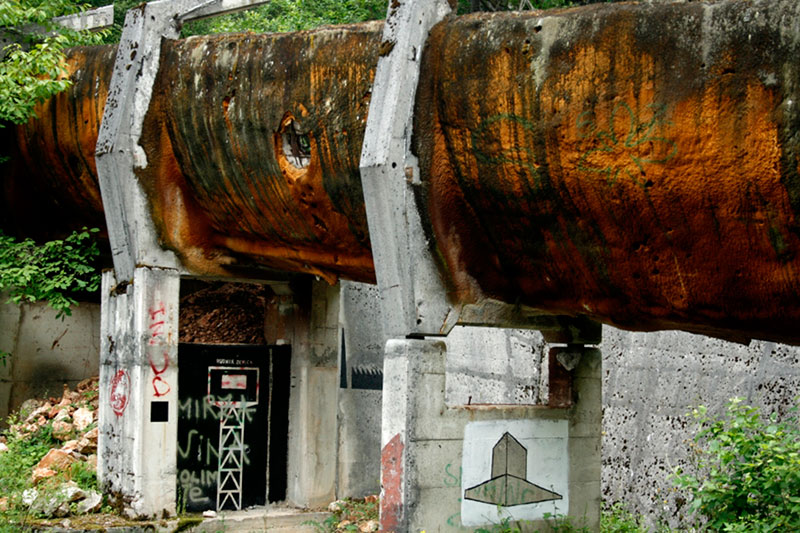 sarajevo 84 winter olympics abandoned bobsleigh luge track bosnia-herzegovina (8)