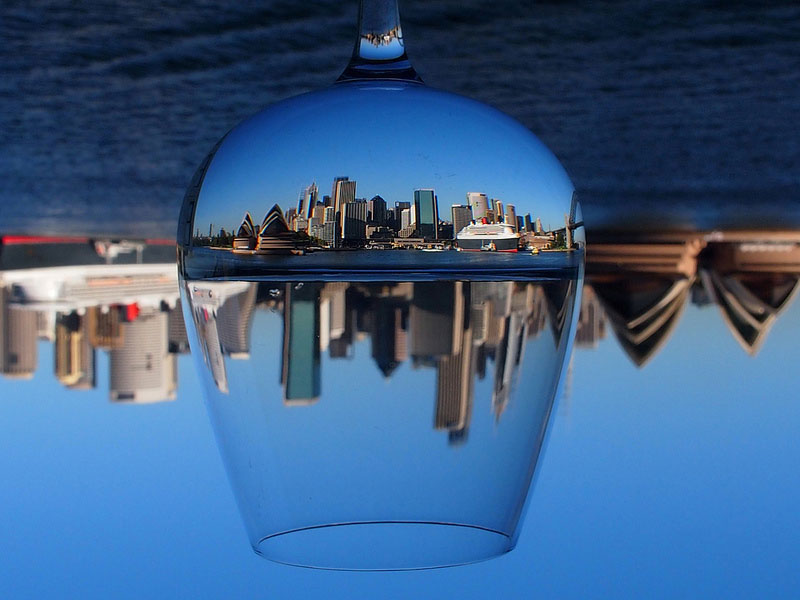 Picture of the Day: Sydney Through a WineGlass
