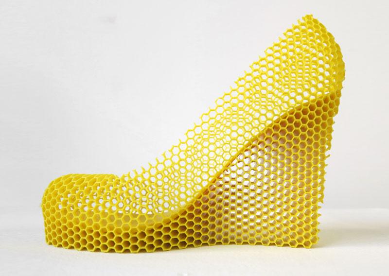 12-shoes-for-12-lovers-by-sebastian-errazuriz (10)