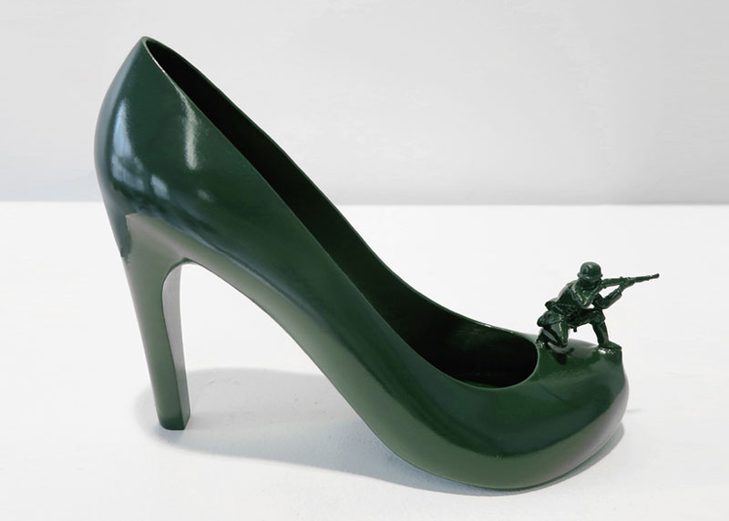 12-shoes-for-12-lovers-by-sebastian-errazuriz (9)