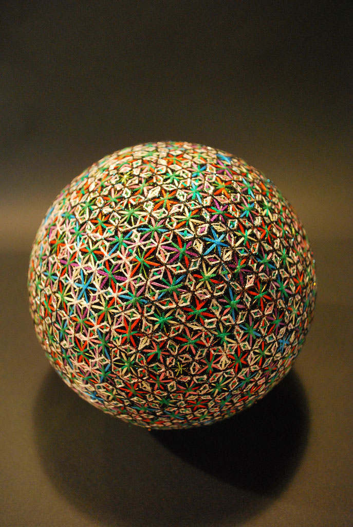 embroidered temari balls japan (10)