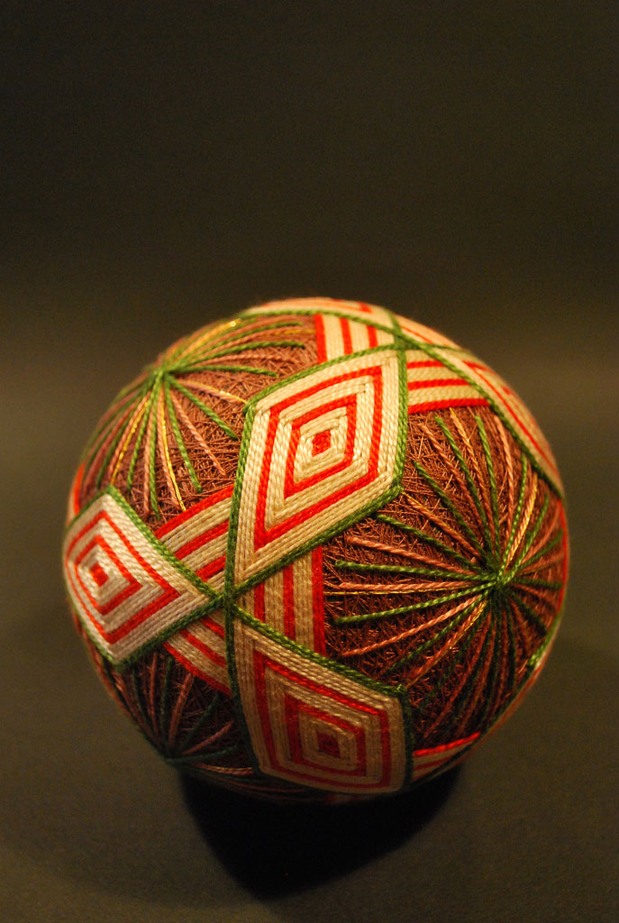 embroidered temari balls japan (3)