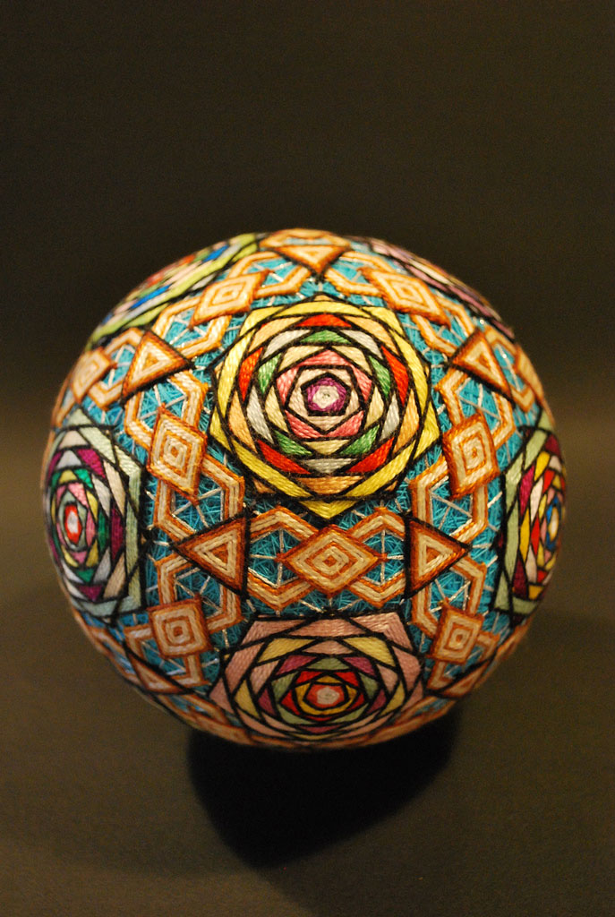 embroidered temari balls japan (4)