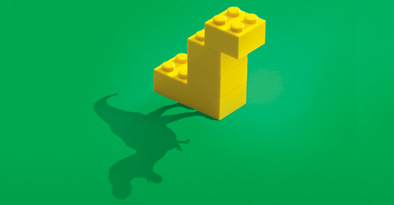 lego ad dinosaur imagine This Pizza Box Turns Your Smartphone Into a Movie Projector