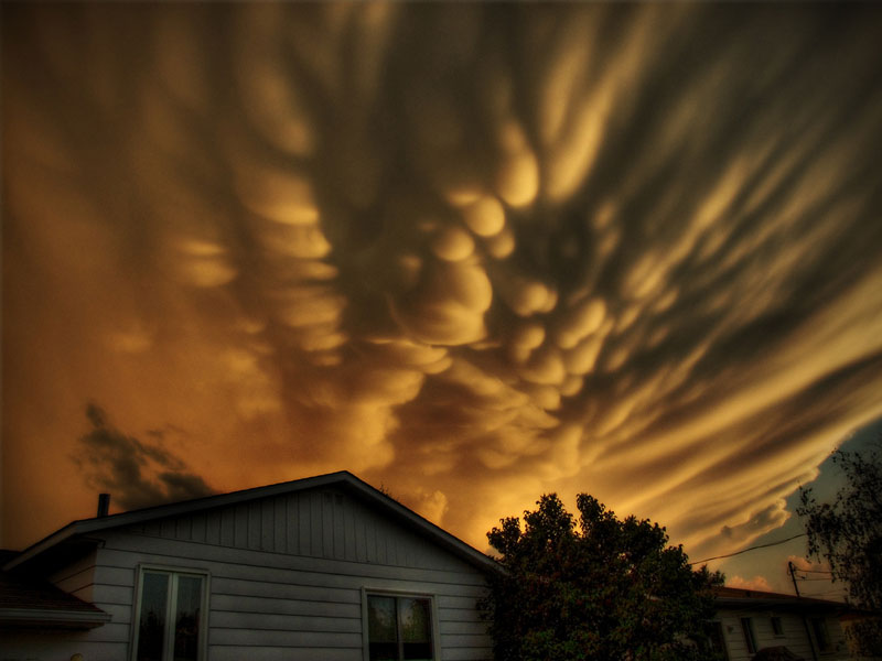 Picture of the Day: Mammatus Clouds