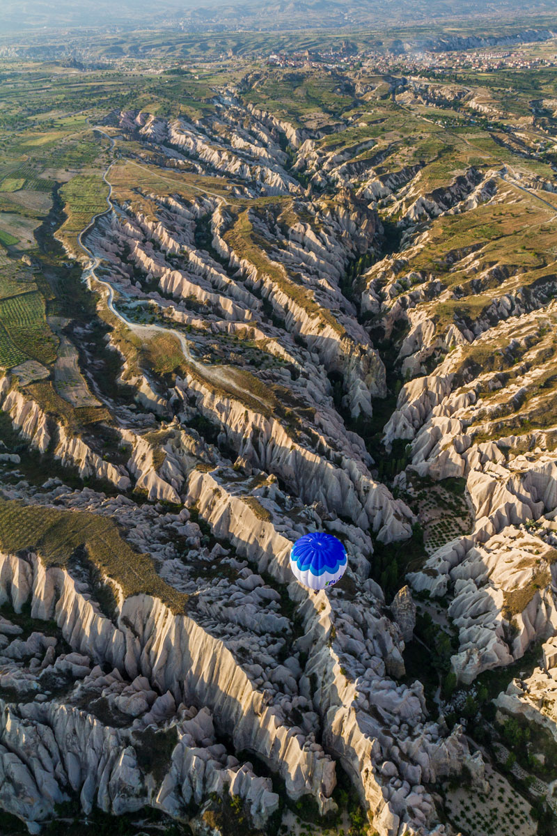 meskendir valley cappadocia hot air balloon turkey aerial Picture of the Day: Meskendir Valley, Cappadocia