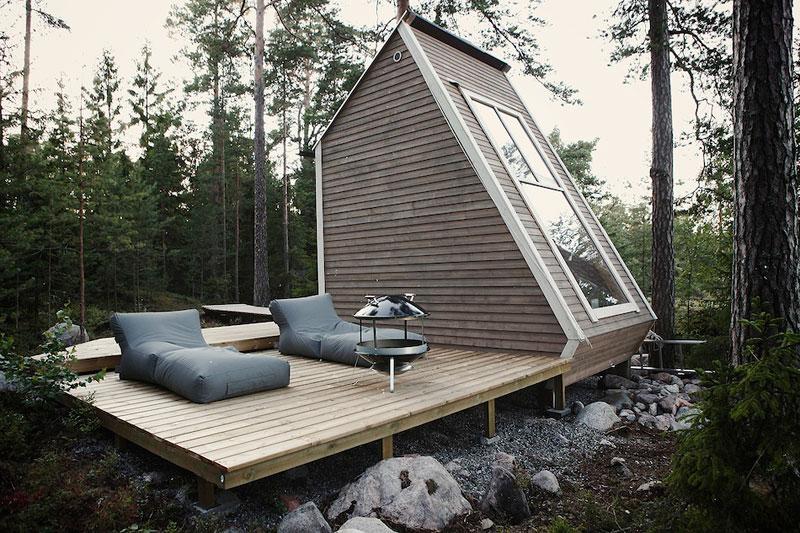 A Cabin so Small it Doesn't Even Require aPermit