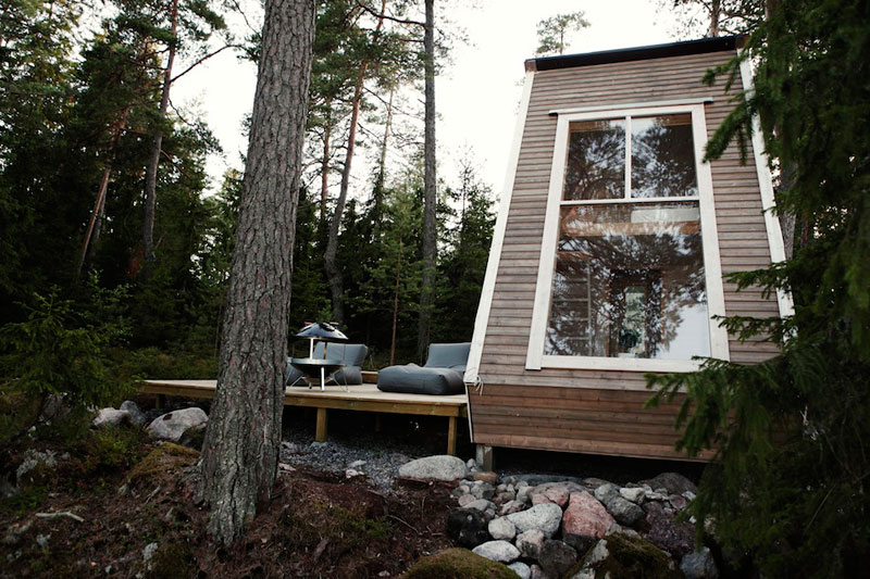 nido hut cabin in woods finland by robin falck (2)