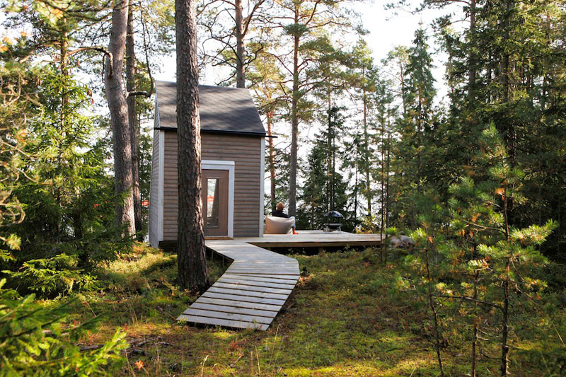 nido hut cabin in woods finland by robin falck (5)