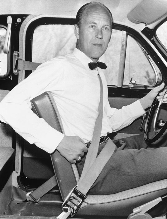 Nils_Bohlin_three_point_seatbelt_inventor