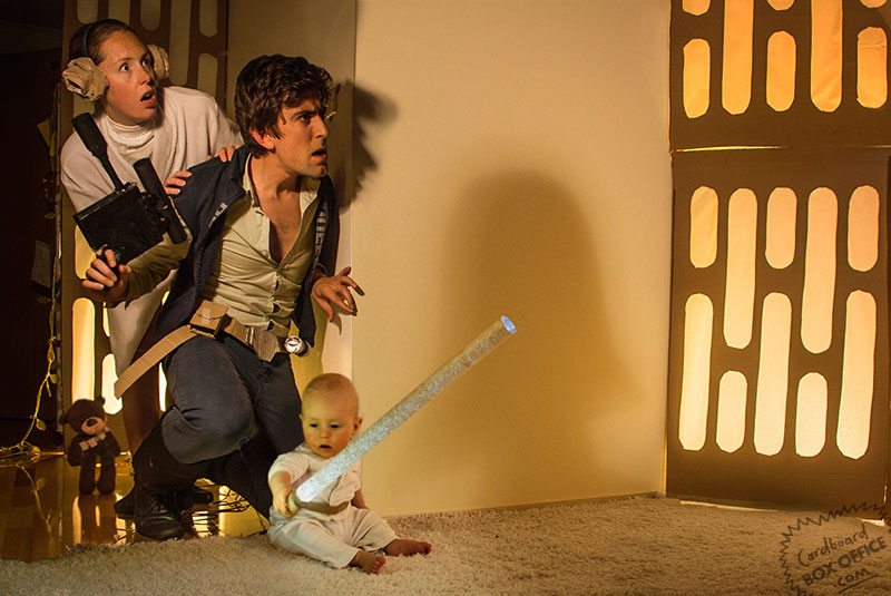 starwars Parents Recreate Movie Scenes with baby Son and cardboard