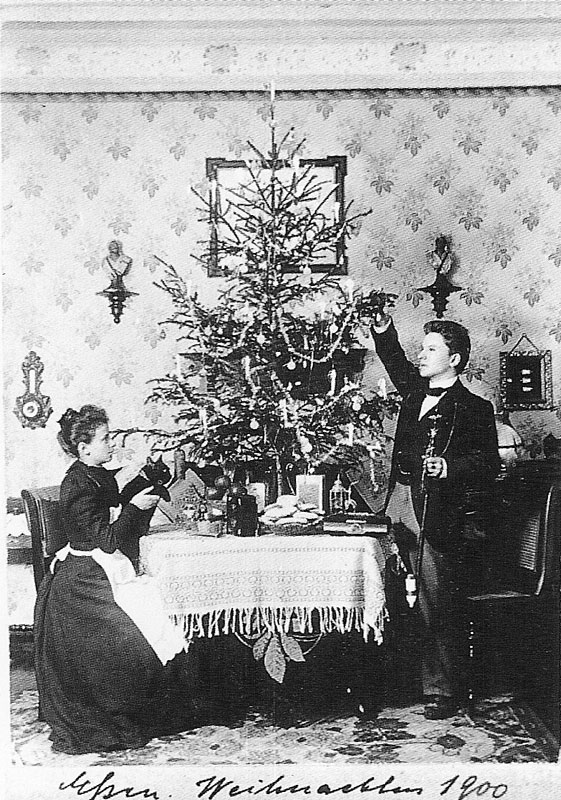 One Couples Christmas Card Portraits From 1900 1942 TwistedSifter